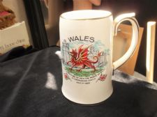 COLLECTABLE GILDED PINT TANKARD SADLER DRAGON 1969 INVESTITURE PRINCE OF WALES